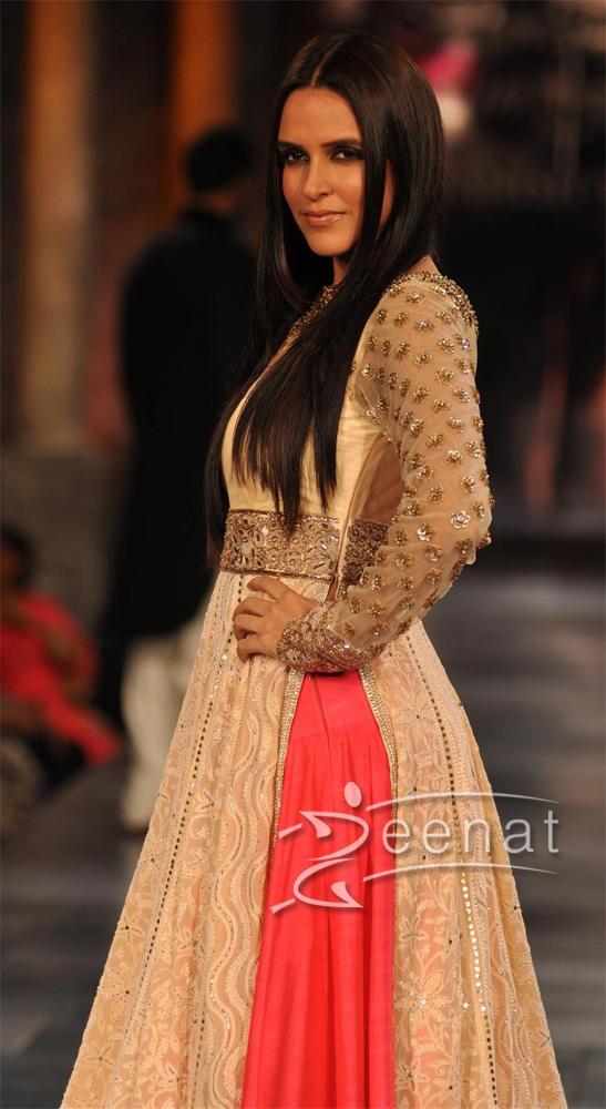 Neha Dhupia Designer Frock | Manish Malhotra