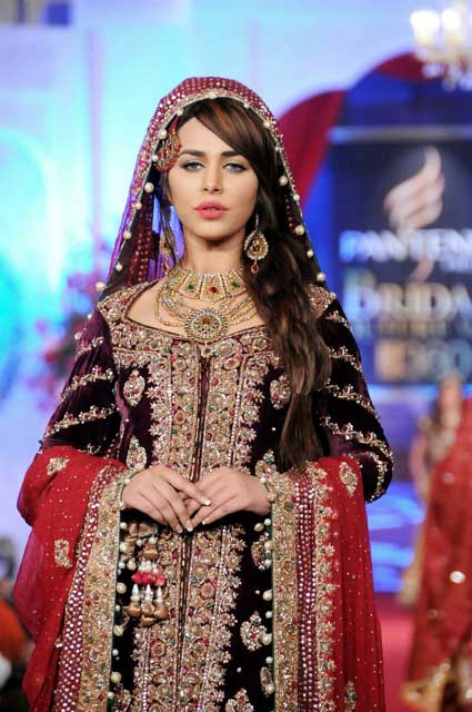 Sonar Bridal Jewelry and Outfits at BCW 2012