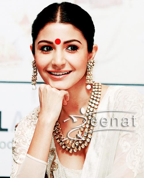 Katrina-Anushka-Jab-Tak-Hai-Promotion2
