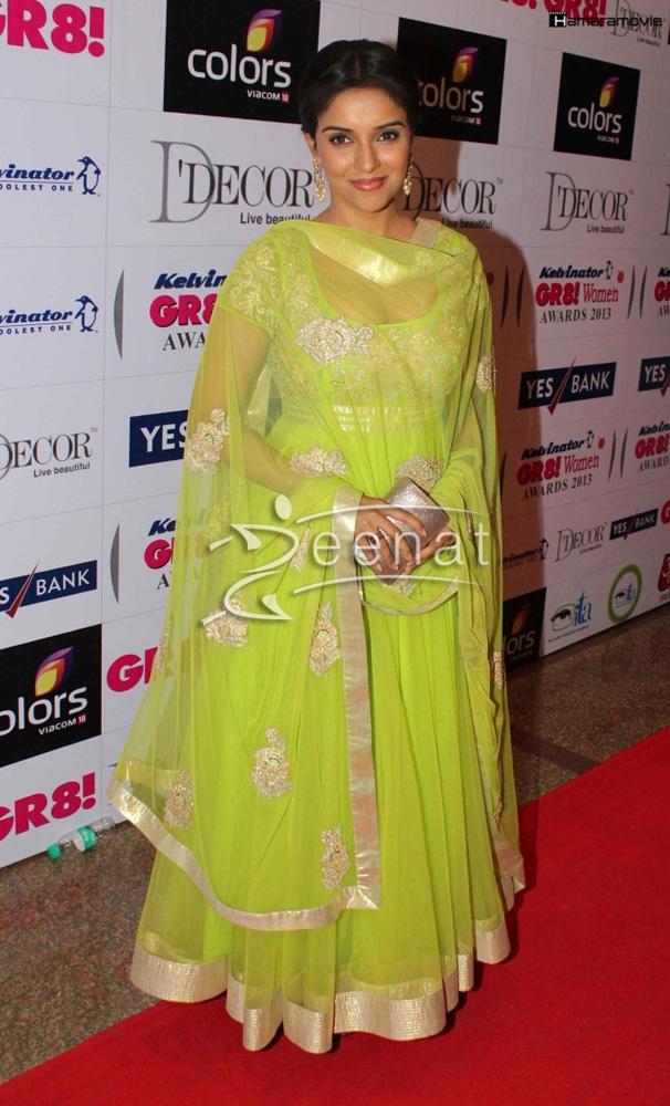 Asin-at-GR8-Women-Awards-2013