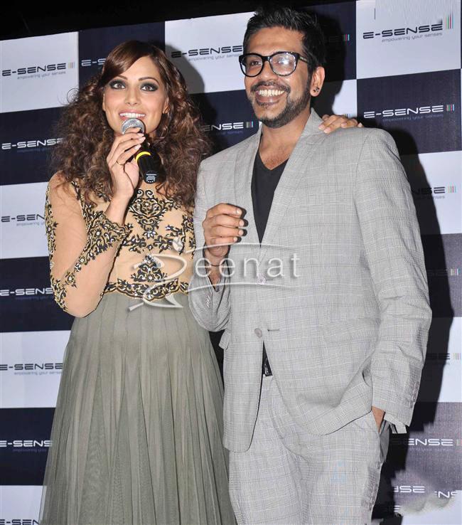 Bipasha Basu In Rocky S Dress - Grey Frock