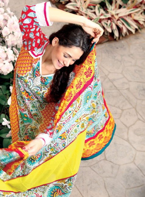 komal-lawn-summer-collection-2013-by-lsm-fabrics-1