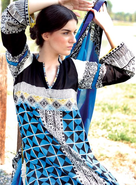 komal-lawn-summer-collection-2013-by-lsm-fabrics-13