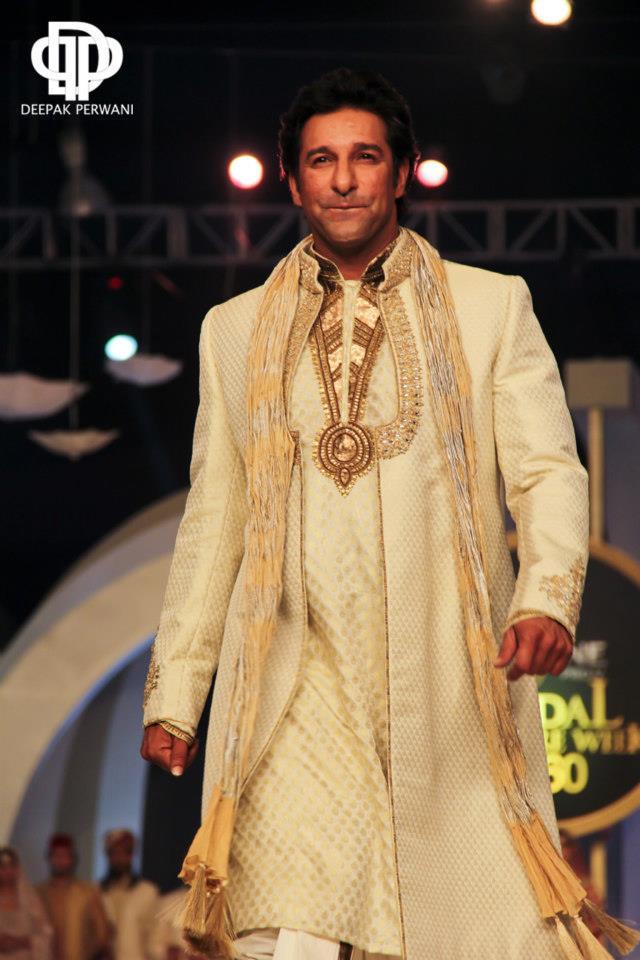 Deepak Perwani  Bridal And Groom Collection (1)