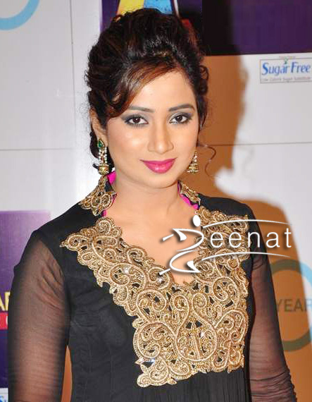 Shreya Ghoshal In Anarkali Churidar