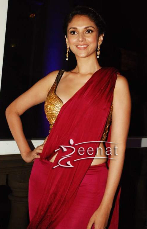 Aditi Rao Hydari In Red Saree