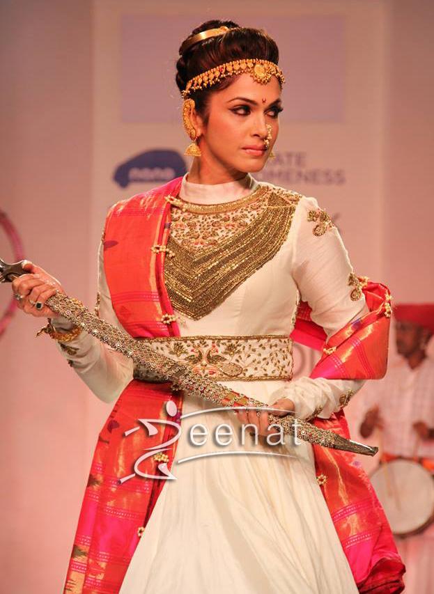Isha Koppikar in white Anarkali Churidar