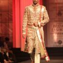 Anjalee & Arjun Kapoor at lndian Bridal Fashion Week 2012 1H