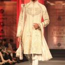 Anjalee & Arjun Kapoor at lndian Bridal Fashion Week 2012 1K