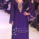 Sonakshi Sinha In Gitanjali Show At India International Jewellery Week 2013
