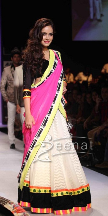 Shazahn Padamsee in a voluminous Lehenga choli Archana Kochhar at Lakmé Fashion Week Summer Resort 2013