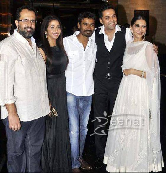 Sonam Kapoor at Raanjhanaa's success party