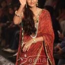 Sonam Kapoor at India International Jewellery Week 2013 Grand Finale