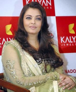 Aishwariya Rai in Designer Green Anarkali Churidar