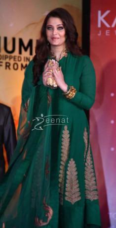Aishwarya Rai Bachchan In Bollywood Anarkali Suit