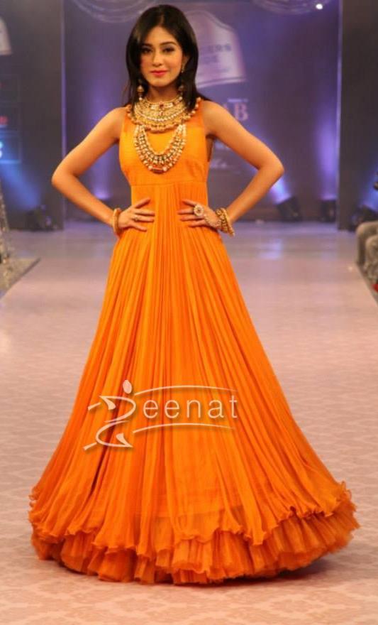 Amrita Rao In Designer Anarkali