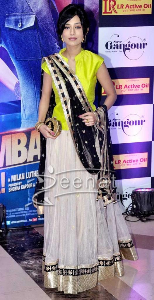 Amrita Rao in Designer Lehenga Choli