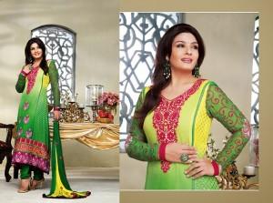 Ravina Tandon In Designer Churidar Salwar Kameez 3A