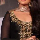 Sonakshi Sinha In Designer Salwar Kameez 2