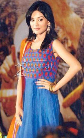 Amrita Rao In Anarkali Suit