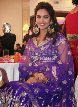 Esha Gupta Wearing Lehenga Choli Designed By Anita Dongre
