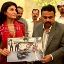 Jacqueline Fernandez Fights to Ban Horse drawn Carriages in Mumbai