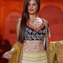 Jacqueline Fernandez walks The Ramp For Nivedita Saboo at ABIL