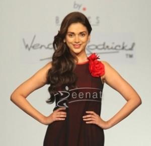 Aditi Rao Hydari In Designer Frock