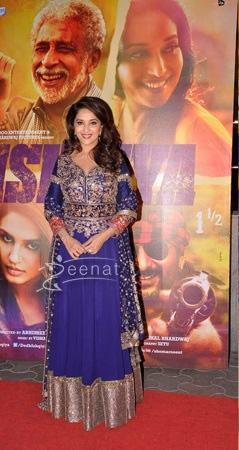 Madhuri at Dedh Ishqiya premiere in Cinemax Mumbai on 9th Jan 2014