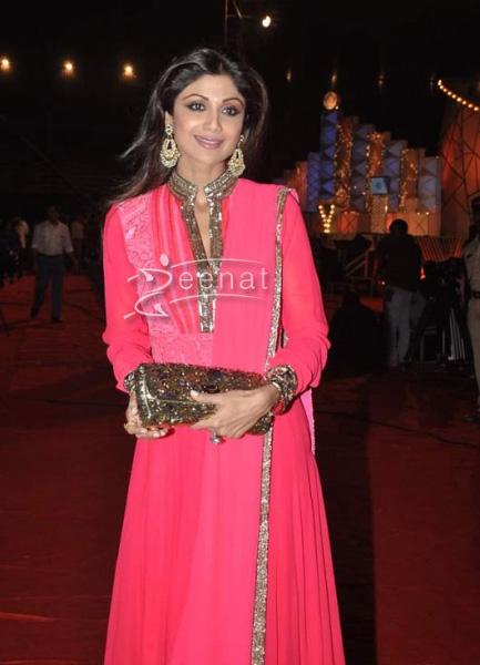 Shilpa Shetty In Pink Anarkali