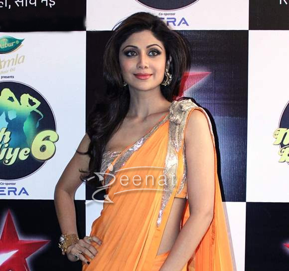 Shilpa Shetty In Designer Orange Saree