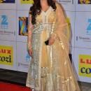 Shreya Ghoshal at mumbai zee cine award 2014