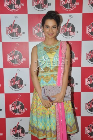 Kangana Ranaut Promotes Queen Movie At Fever 104 FM