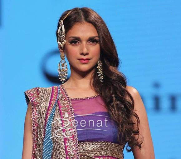 Aditi Rao Hydari In Bollywood Saree