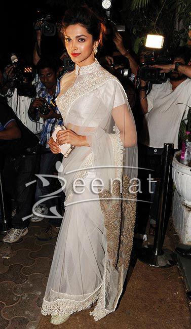 Deepika Padukone In Anamika Khanna Saree