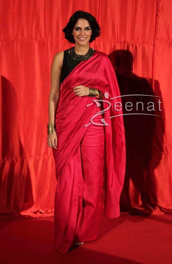 Neha-Dhupia-in-Pink-Sari