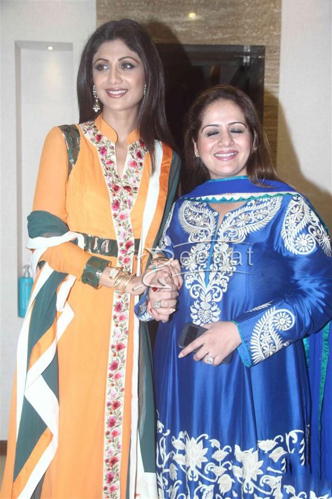 Shilpa Shetty inaugurates IOSIS Wellness centre  (13)