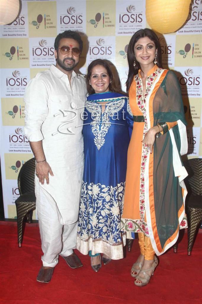 Shilpa Shetty inaugurates IOSIS Wellness centre  (24)