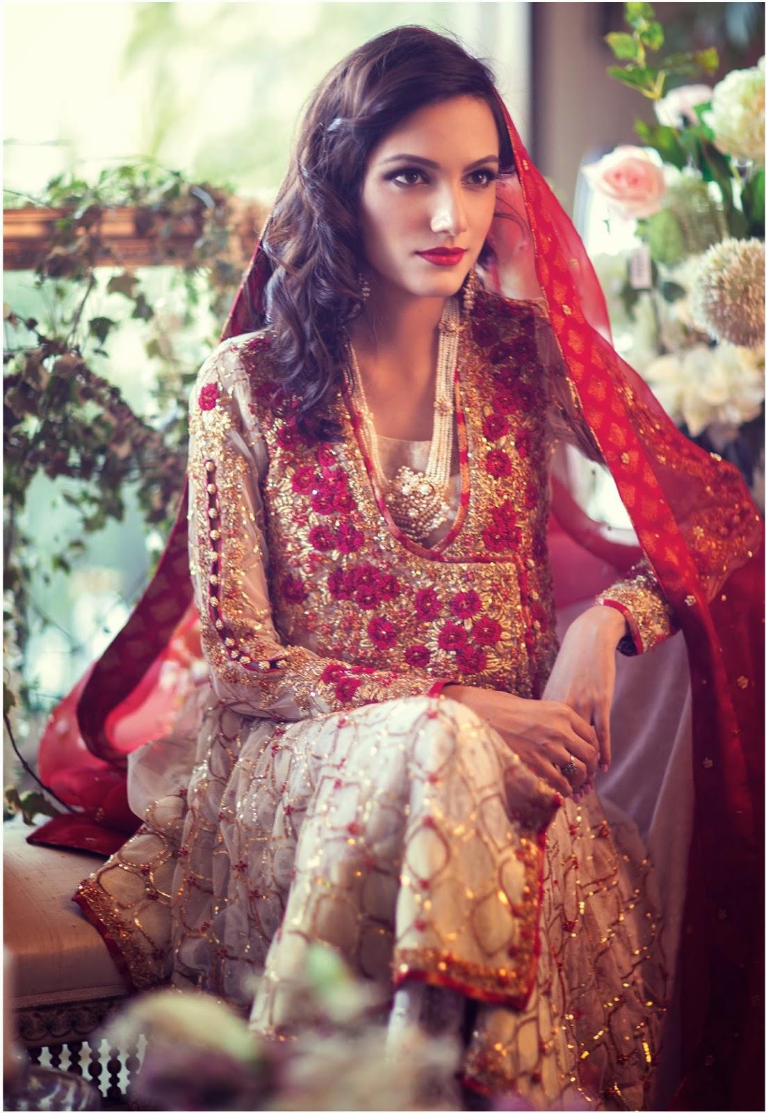 Farah Talib Aziz Ss 15 Campaign Featuring Meera Ansari And