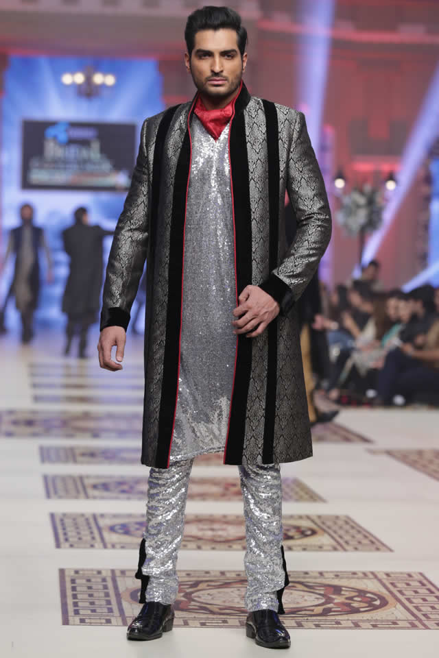 Munib_Nawaz_Paradise_Express_Collection_TBCW_2014_11