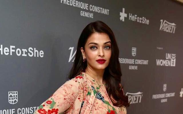 Aishwarya Rai Bachchan stuns in Sabyasaachi at Cannes 2015