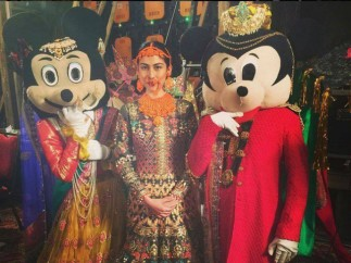 Ali Xeeshan Mickey and Minnie Mouse Dance PLBW2015 (1)