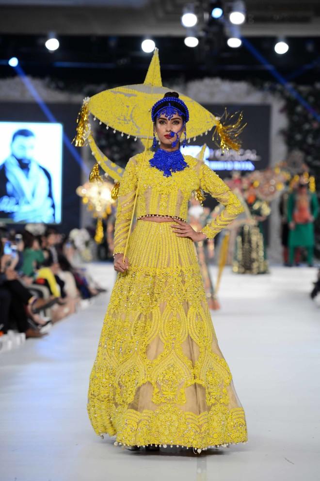 Ali Xeeshan Toofan Collection at PFDC Loreal Paris Bridal Week 2015 (2)