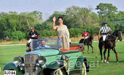 Deepika Padukone In Sabyasachi Saree Bollywood Movie