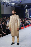 HSY Collection at PFDC Loreal Paris Bridal Week 2015 (16)