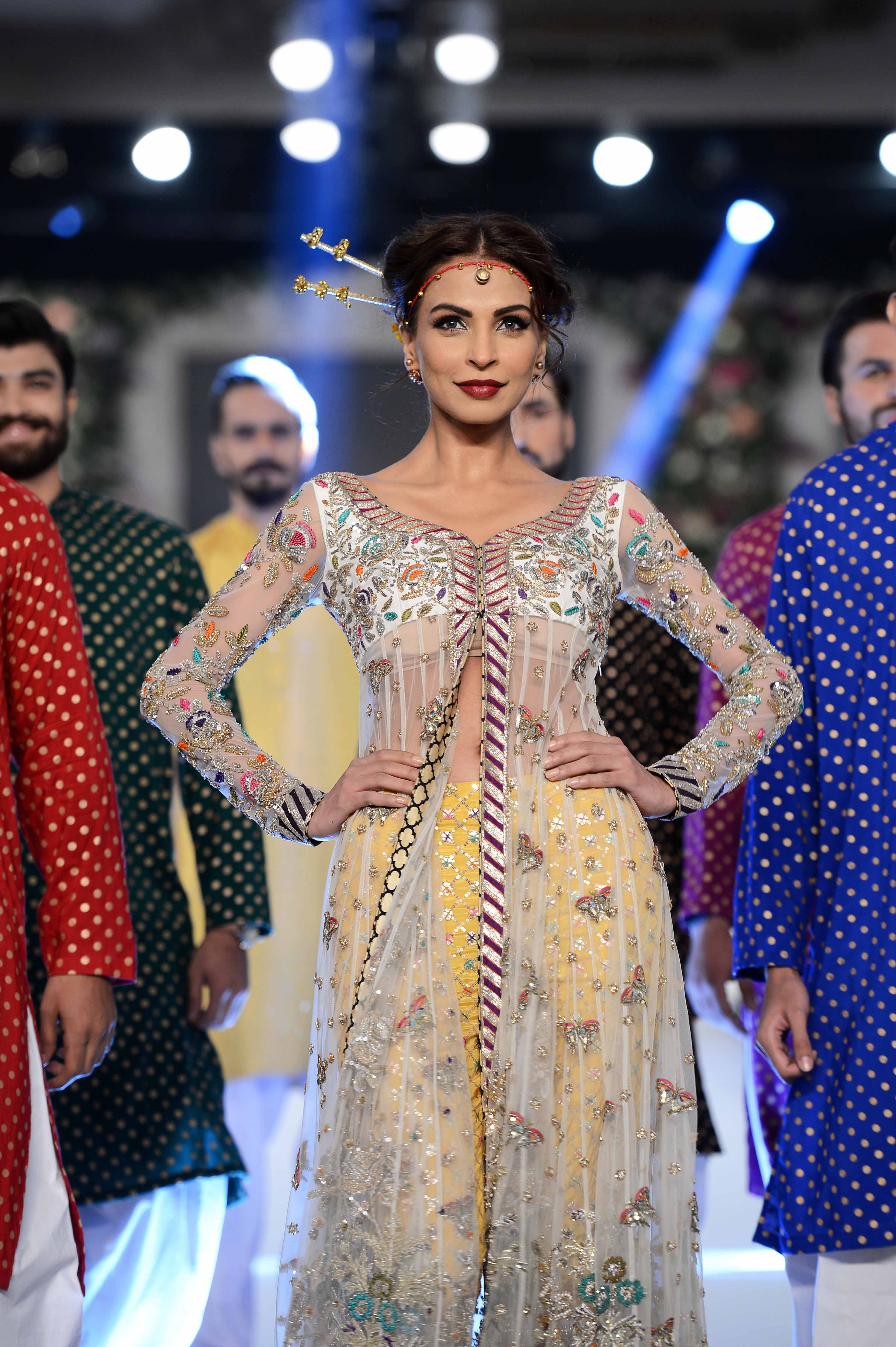 Karma Red at PFDC Loreal Paris Bridal Week 2015 (18)