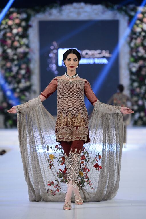 Mahgul Bridal Collection at PFDC Loreal Paris Bridal Week PLBW (2)