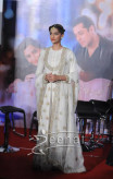 Sonam Kapoor And Salman Khan At Prem Ratan Dhan Payo Trailer Launch - Sonam Kapoor White Dress 4