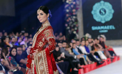 Shamaeel Ansari Absolute Orientalism Collection at PFDC Loreal Paris Bridal Week PLBW2015 (13)