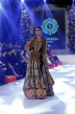 Shamaeel Ansari Absolute Orientalism Collection at PFDC Loreal Paris Bridal Week PLBW2015 (3)